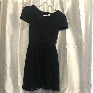 Tobi deep plunge cap sleeve chiffon black dress